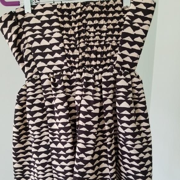 Dresses & Skirts - Strapless dress NWT